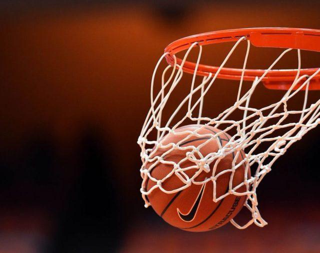 Фінальні змагання з баскетболу серед хлопців